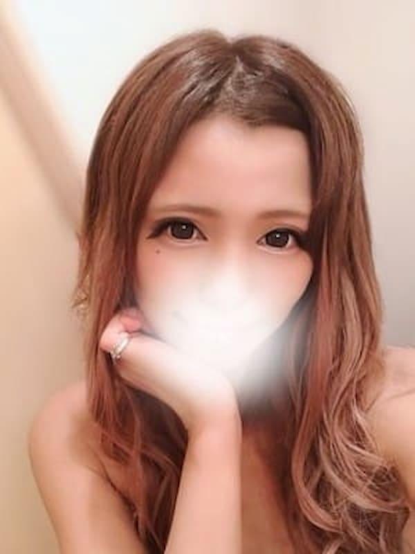 ひなみ(天然素人 やりすぎ娘 新橋店)